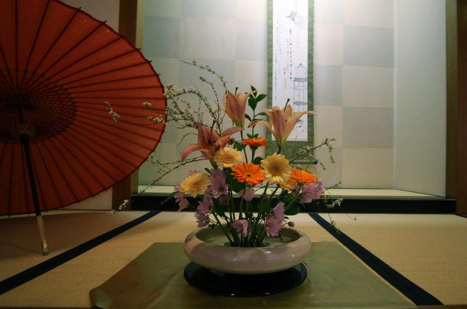 Ikebana flower arrangements