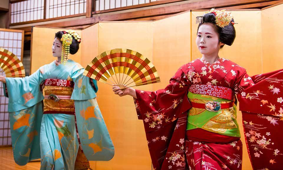 Japanese dance class
